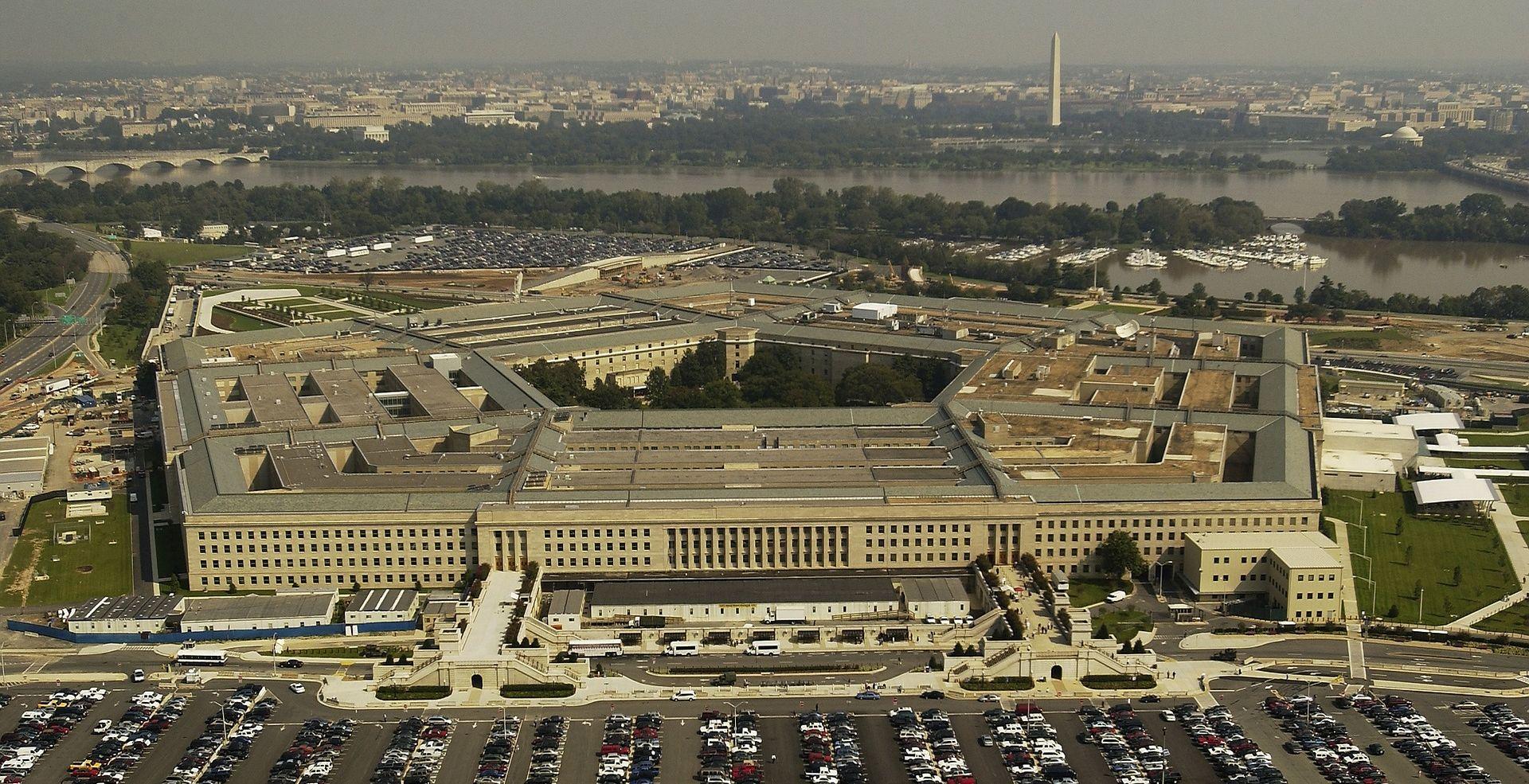 """""""ILEGALNI BORCI"""" Pentagon tvrdi da ratni dopisnik može biti i špijun"""