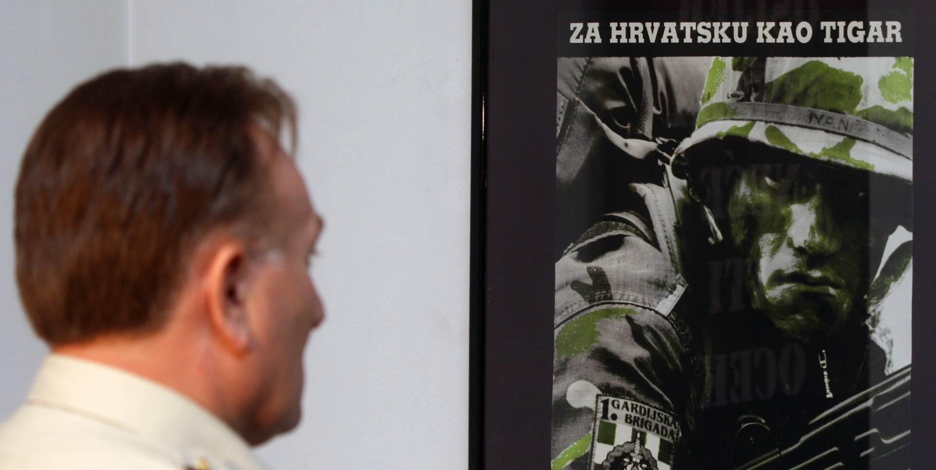 """Otvorena izložba """"Hrvatski ratni plakat u Domovinskom ratu"""""""