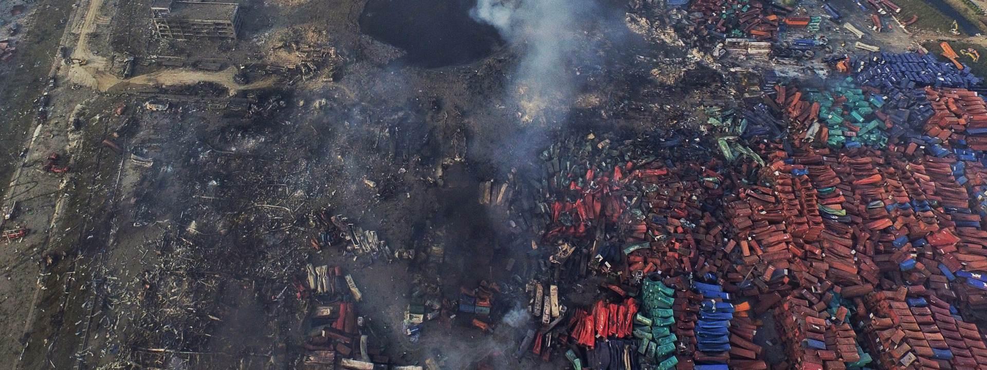 POSLJEDICE U TIANJINU: Spasilačke ekipe čiste mjesto nesreće od otrovnih materijala
