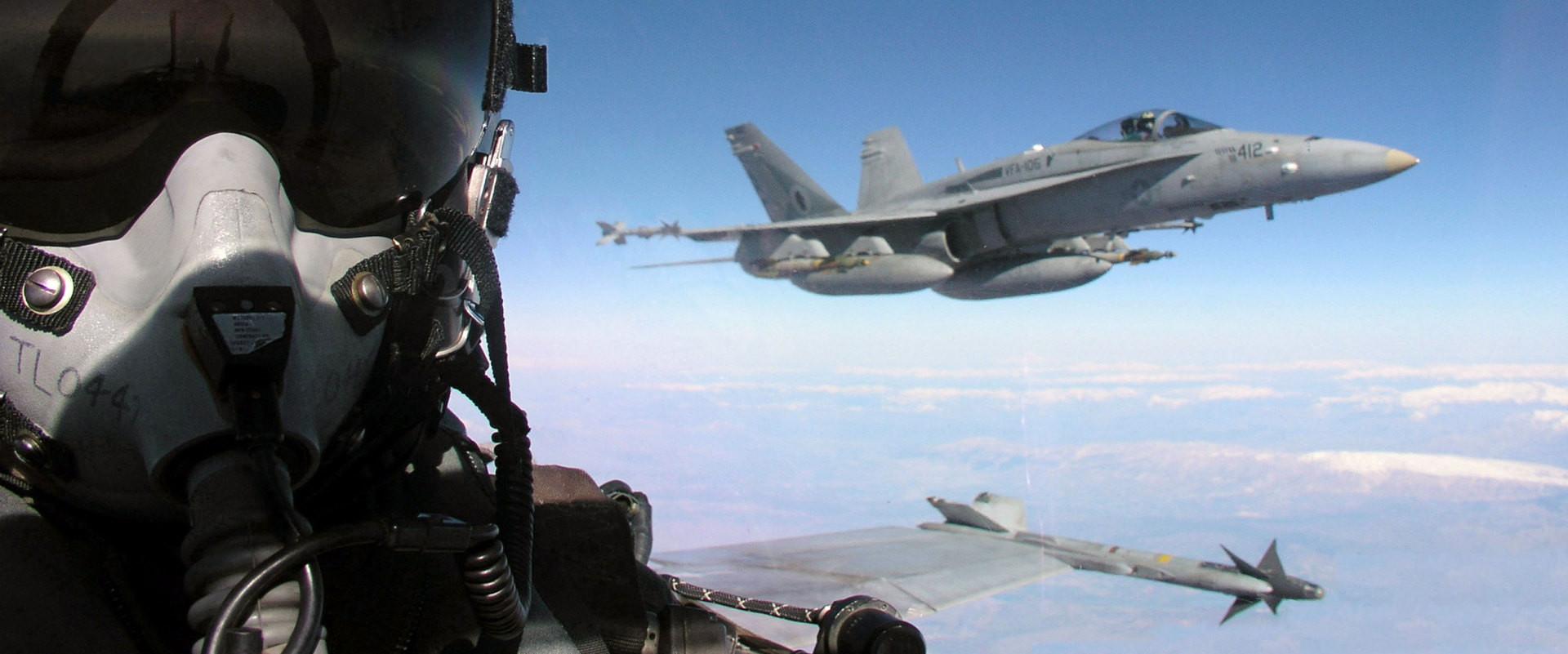 BOMBARDIRAT ĆE TERORISTE: SAD i Turska planiraju veliku akciju protiv Islamske države