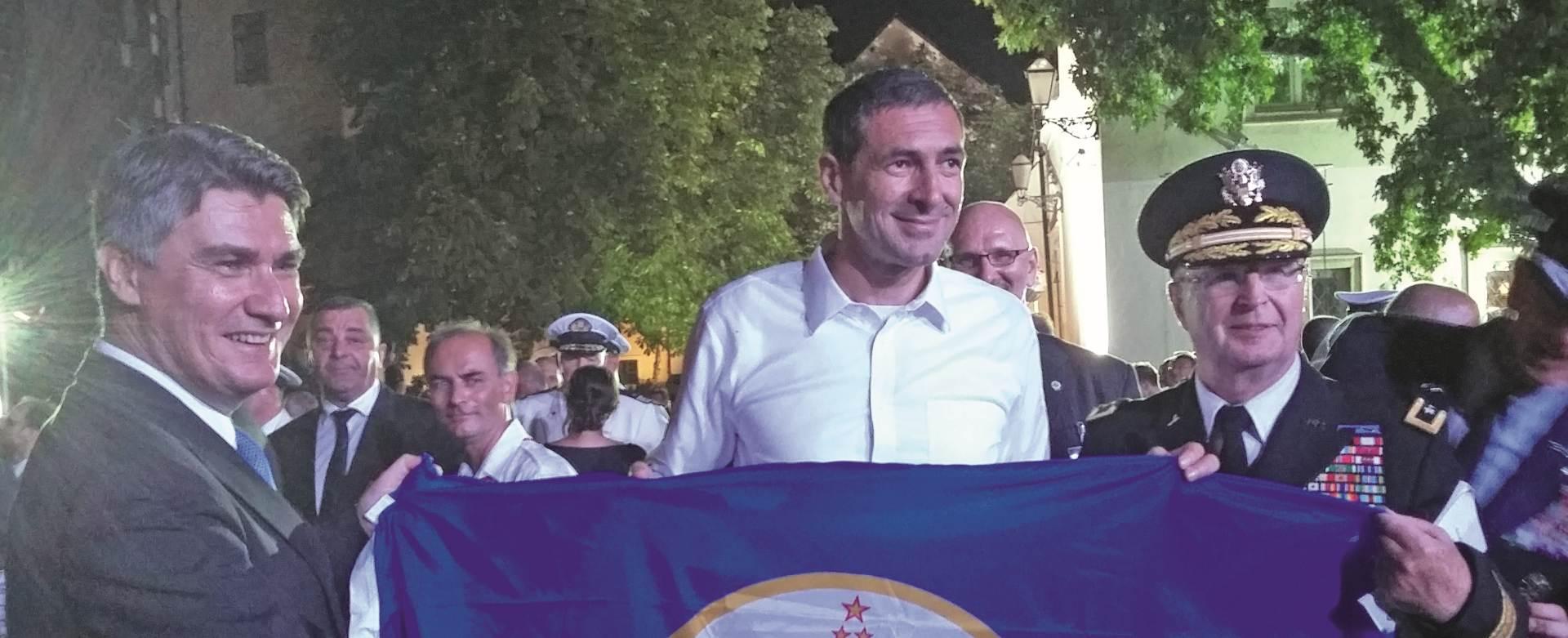 Američke pohvale Milanoviću i Kotoromanoviću za mimohod