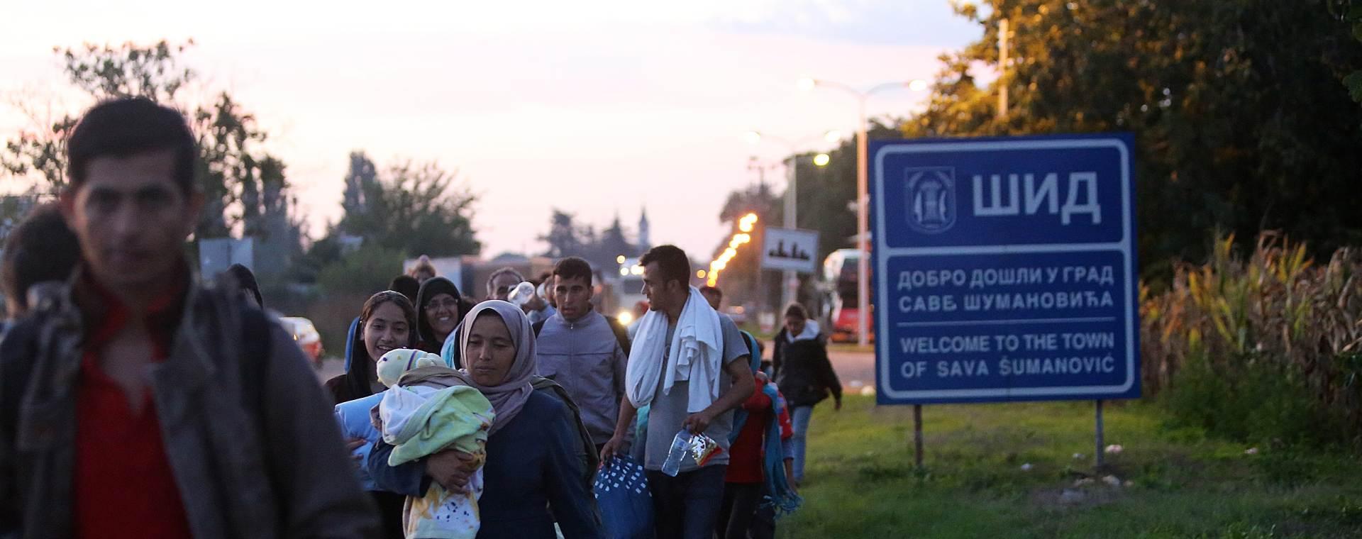 IZBJEGLIČKA KRIZA Kolone iscrpljenih izbjeglica ulaze u Hrvatsku
