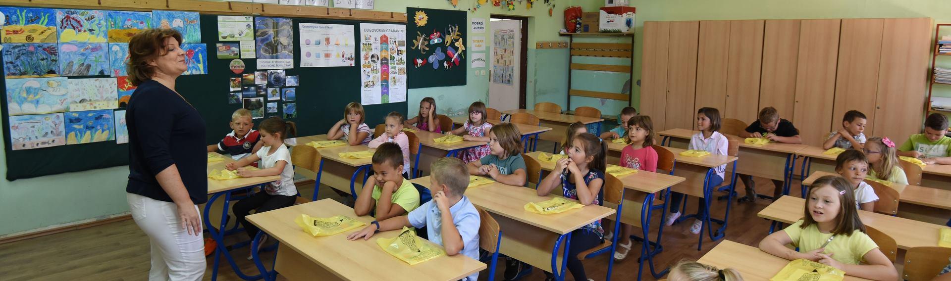 ŠTRAJK: Zatvoreno 70 posto škola