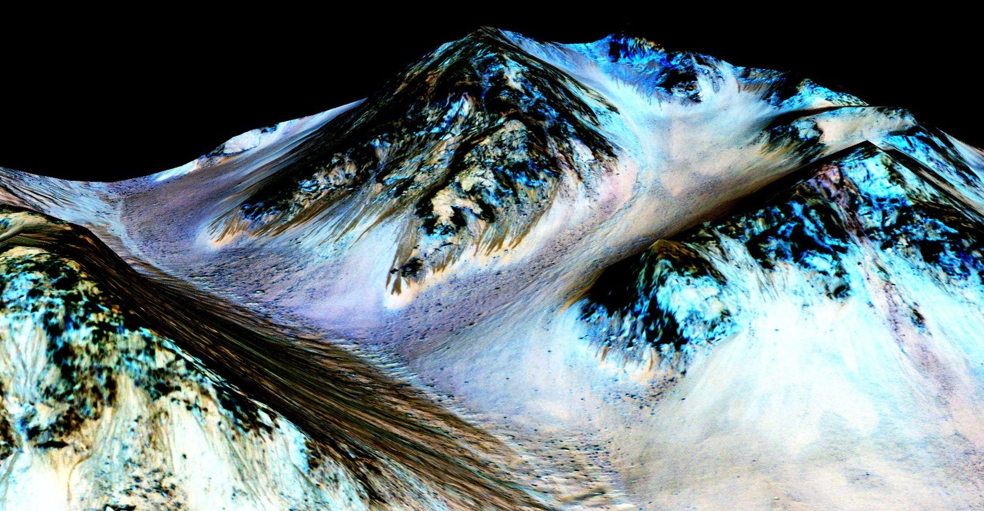 """VIDEO: NASA POTVRDILA """"Otkrili smo tragove tekuće vode na Marsu"""""""