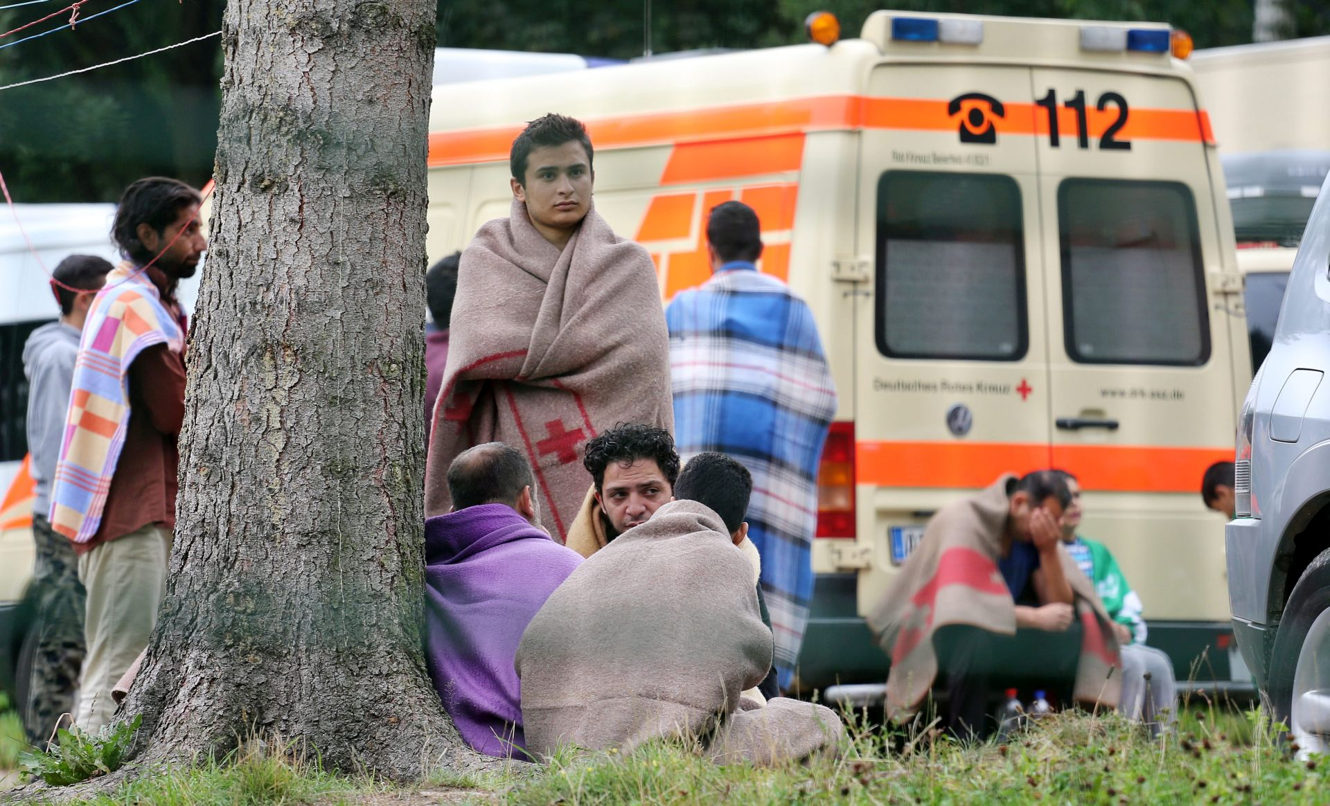 Polemika oko upisivanja brojeva markerom na ruke izbjeglica
