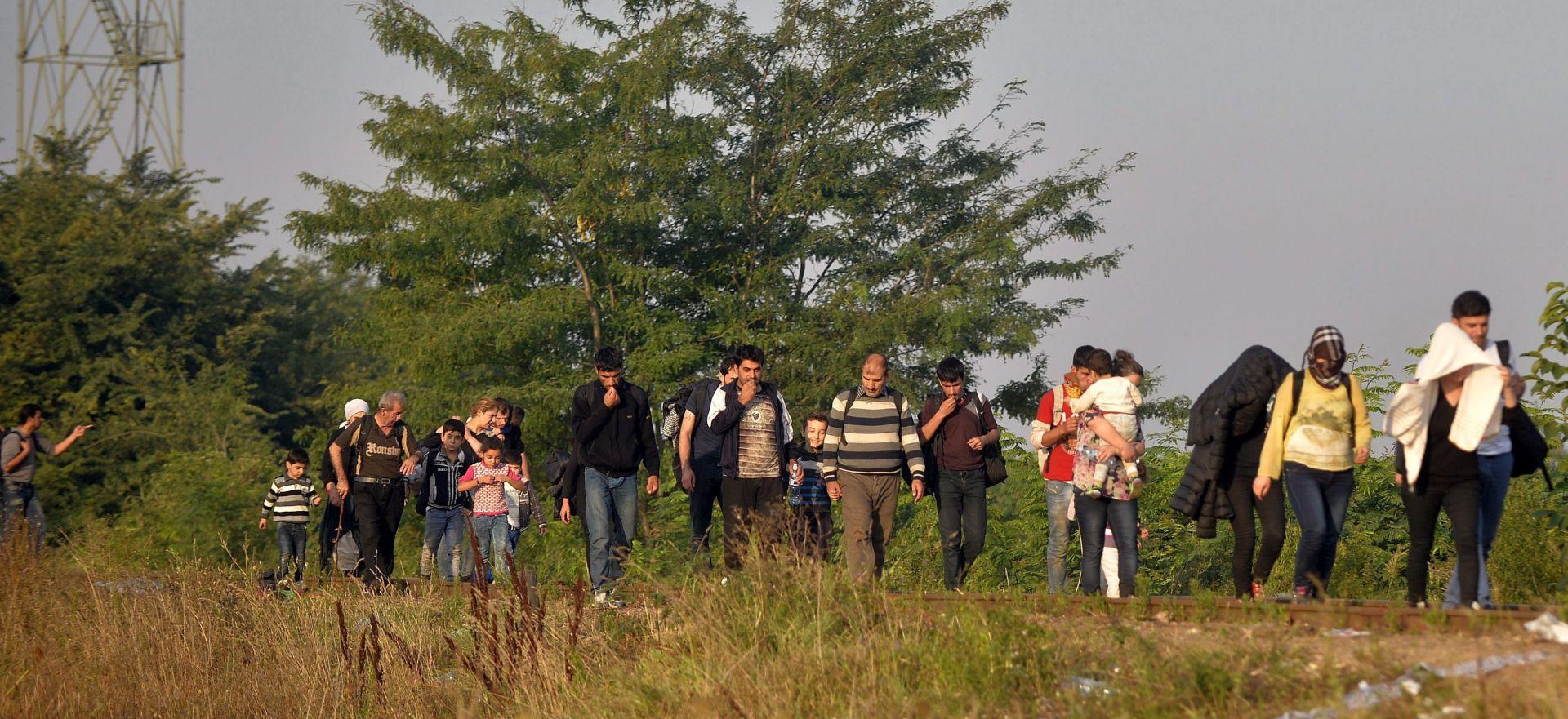 NAKON NEKOLIKO DANA 'ZATIŠJA' Novi val migranata stiže u Srbiju