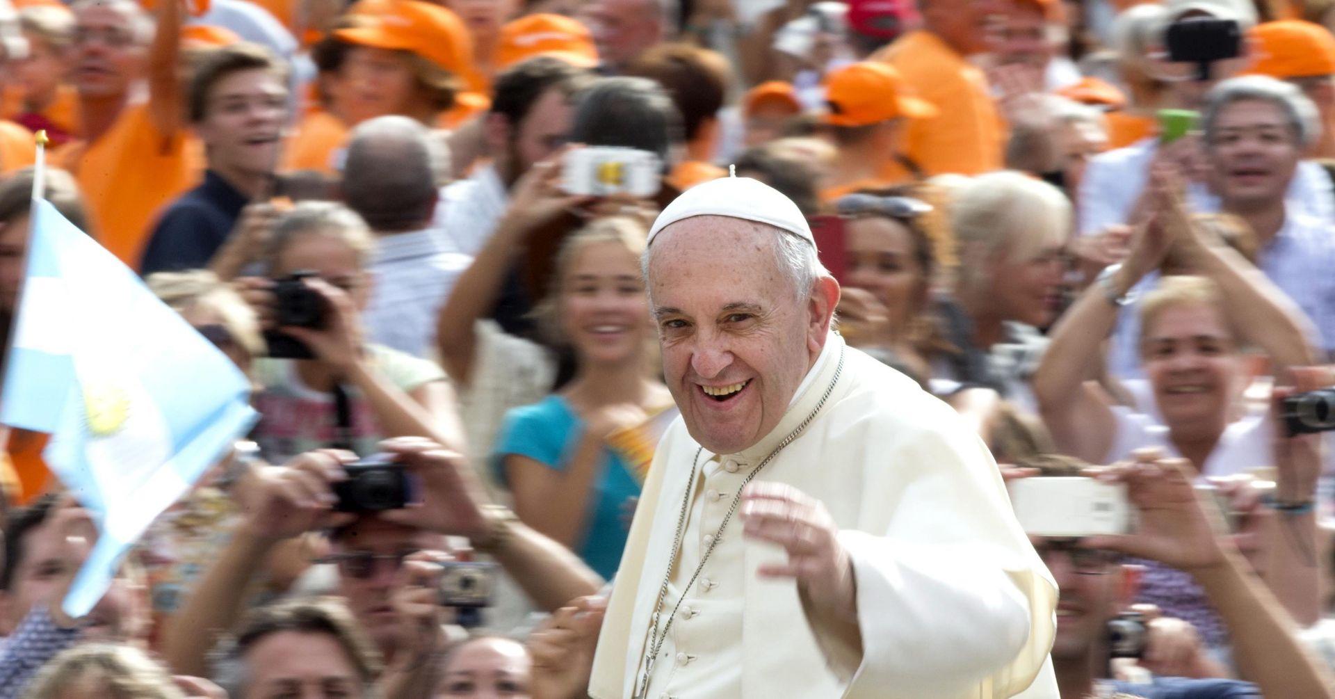 NAJOSJETLJIVIJE PUTOVANJE PONTIFIKATA Papa priprema posjet Kubi i SAD-u