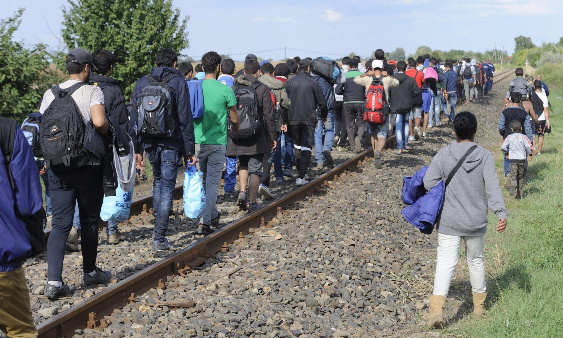 """FABIUS: """"Kad bi primili sve izbjeglice, to bi značilo pobjedu za Islamsku državu"""""""
