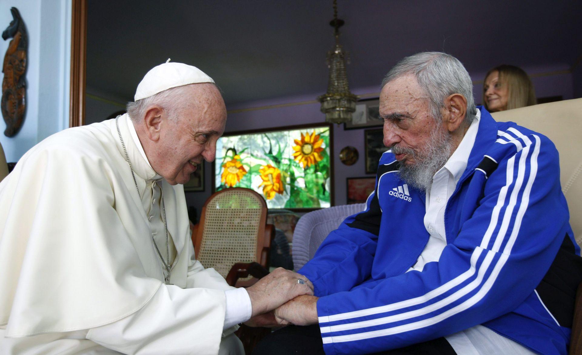 SUTRA U SAD-U Papa ističe žrtvu Katoličke crkve na Kubi