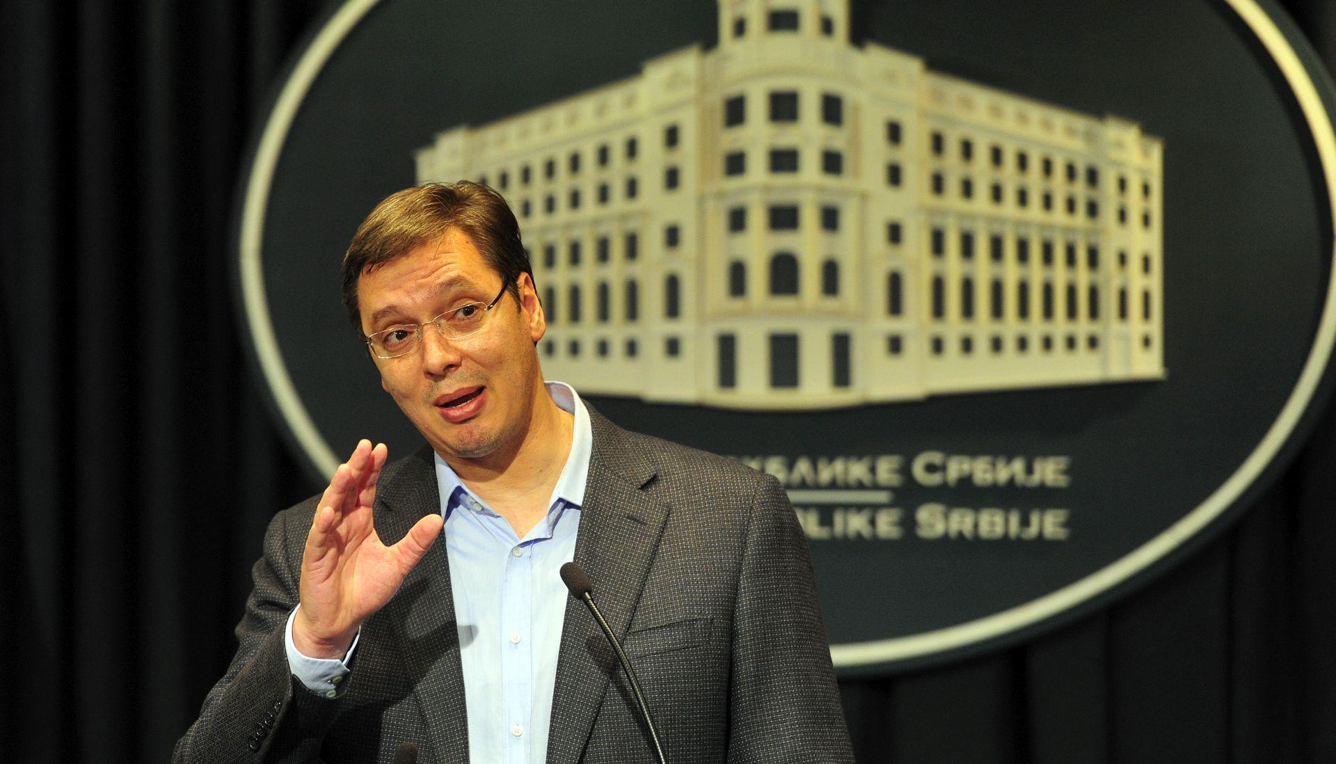 Vučić traži otvaranje Bajakova i prijeti protumjerama