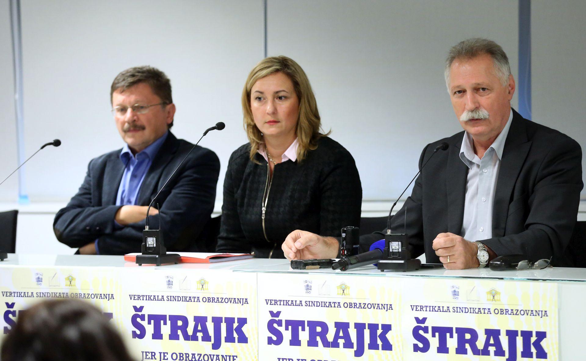 Sindikati: Odaziv štrajku u srednjim školama 75 posto, poslijepodne nastavak razgovora