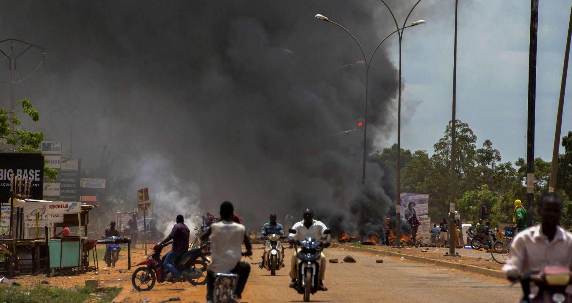 BURKINA FASO Vojska maršira prema glavnom gradu, traže razoružanje vođa državnog udara