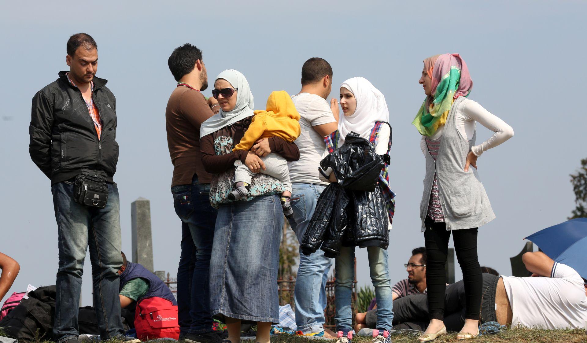 VIDEO: Novinarska reportaža iz emigrantskog naselja u Calaisu