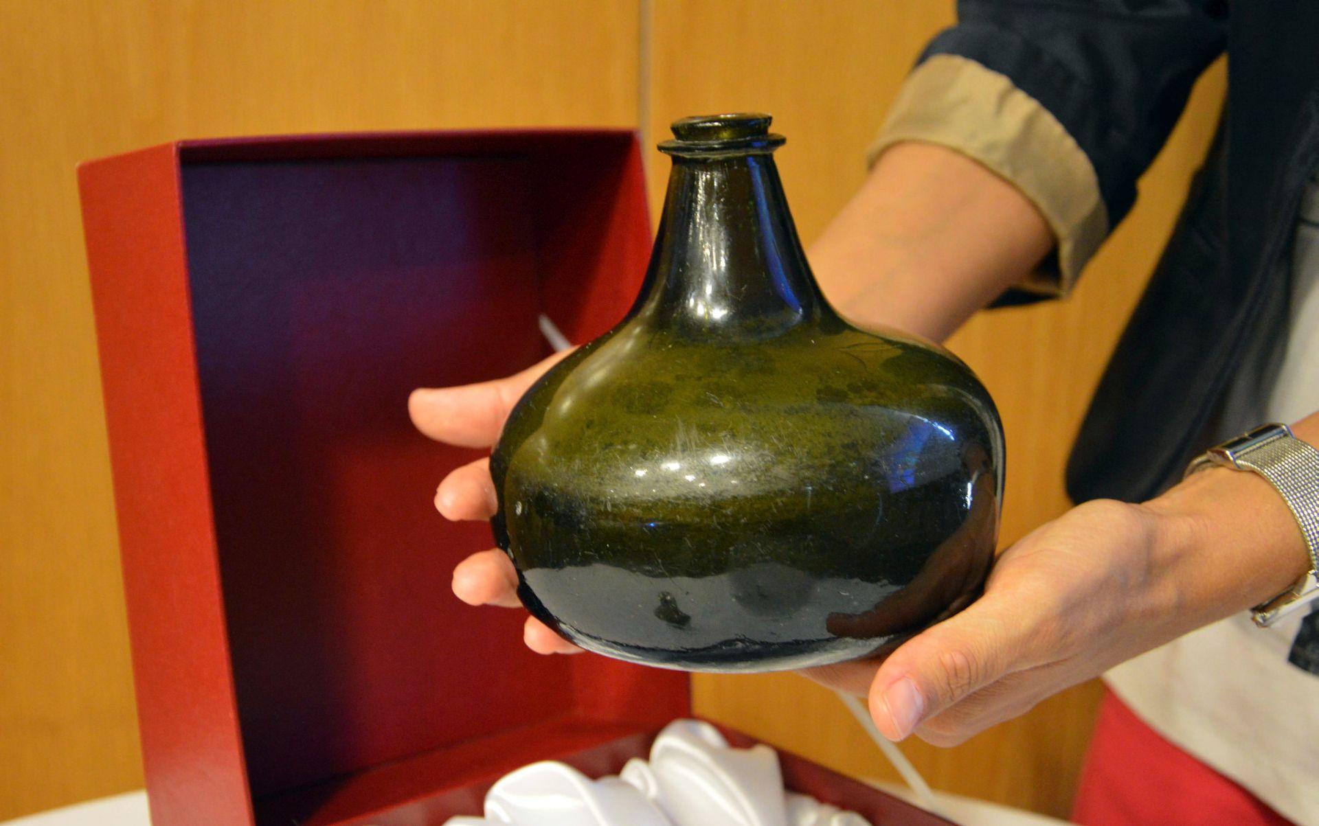 Predstavljena restaurirana butelja iz doba Dubrovačke Republike
