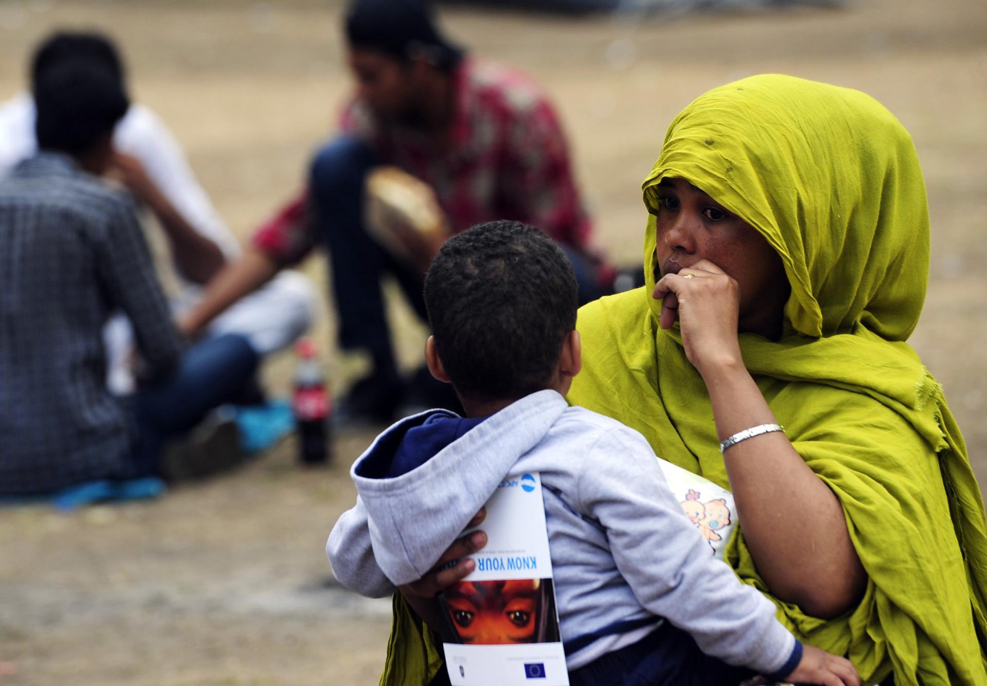 OČEKUJU 800.000 IZBJEGLICA Polovica Nijemaca zabrinuta zbog migranata