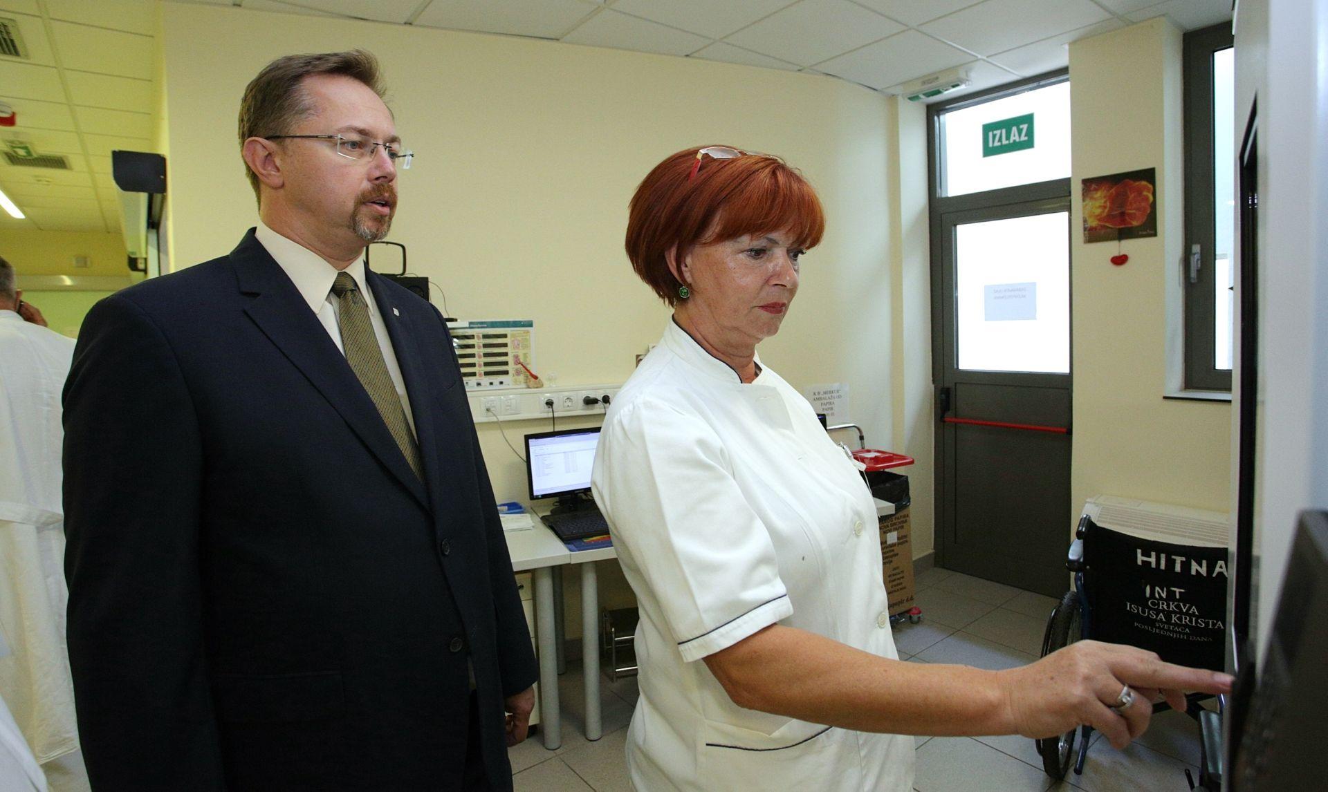 Dani otvorenih vrata: Ministar Varga u KB Merkur