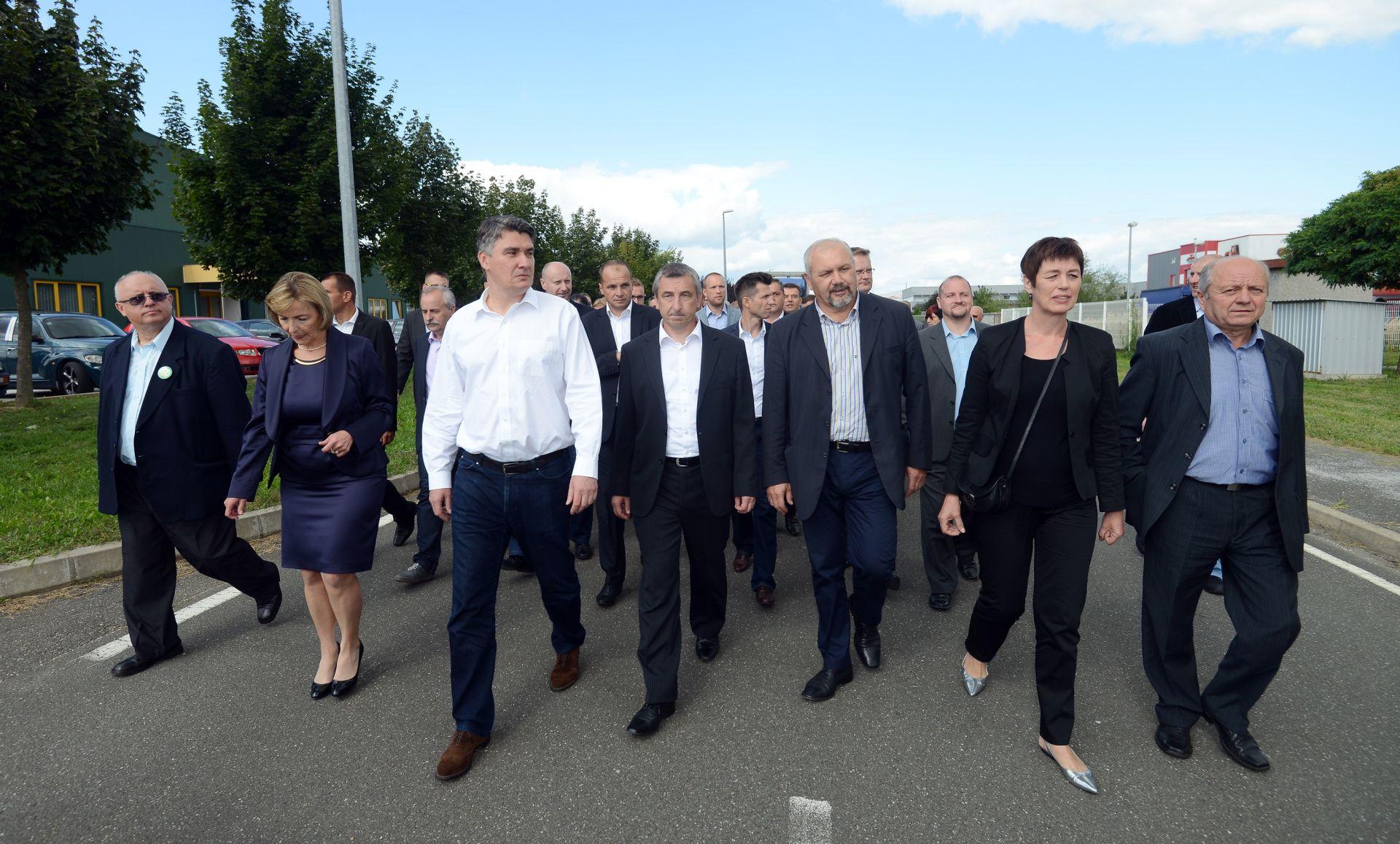 """FOTO: Potpisan sporazum o koaliciji """"Hrvatska raste, nema povratka na staro"""""""