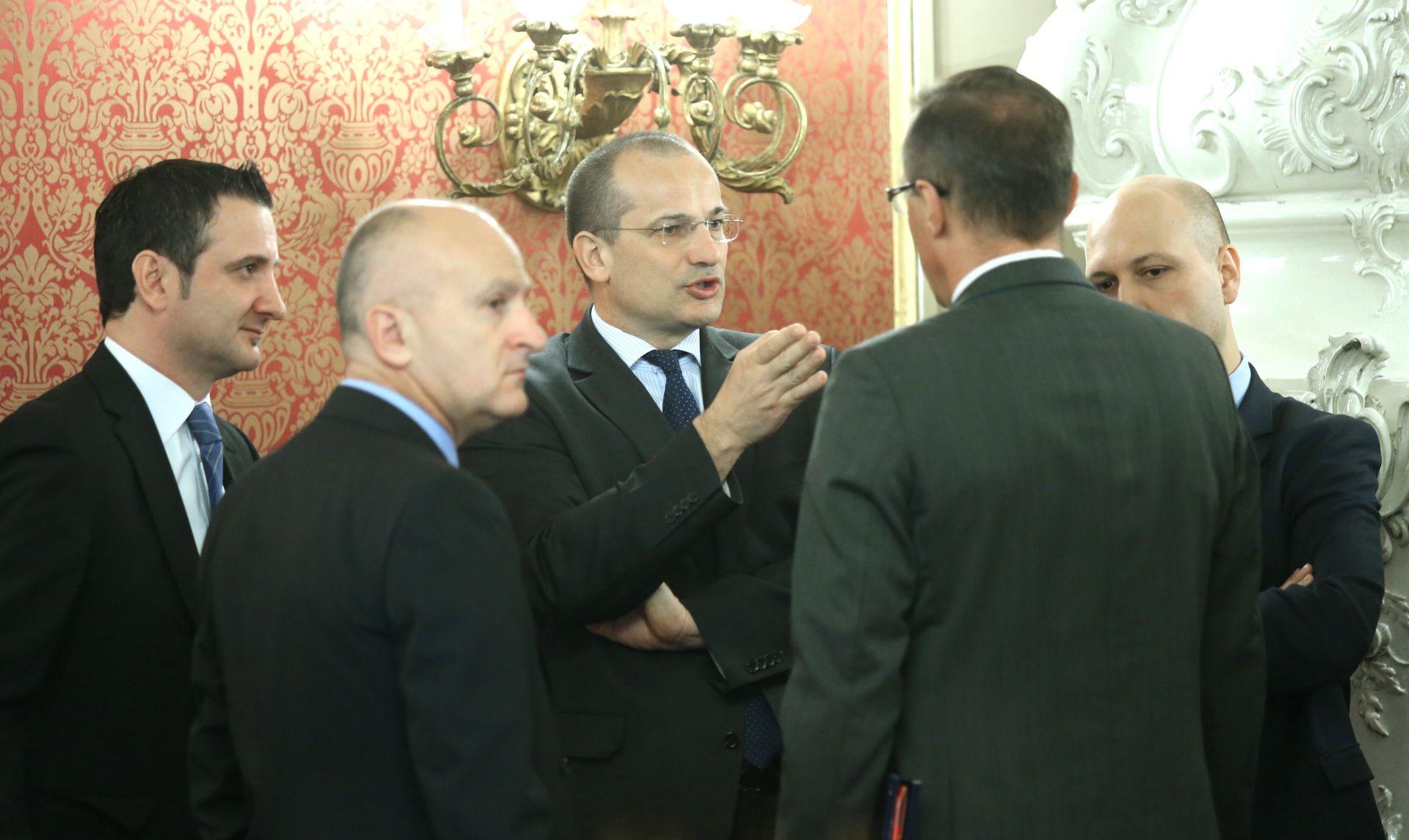 Ministri: Neće doći do dugoročnog narušavanja međudržavnih odnosa