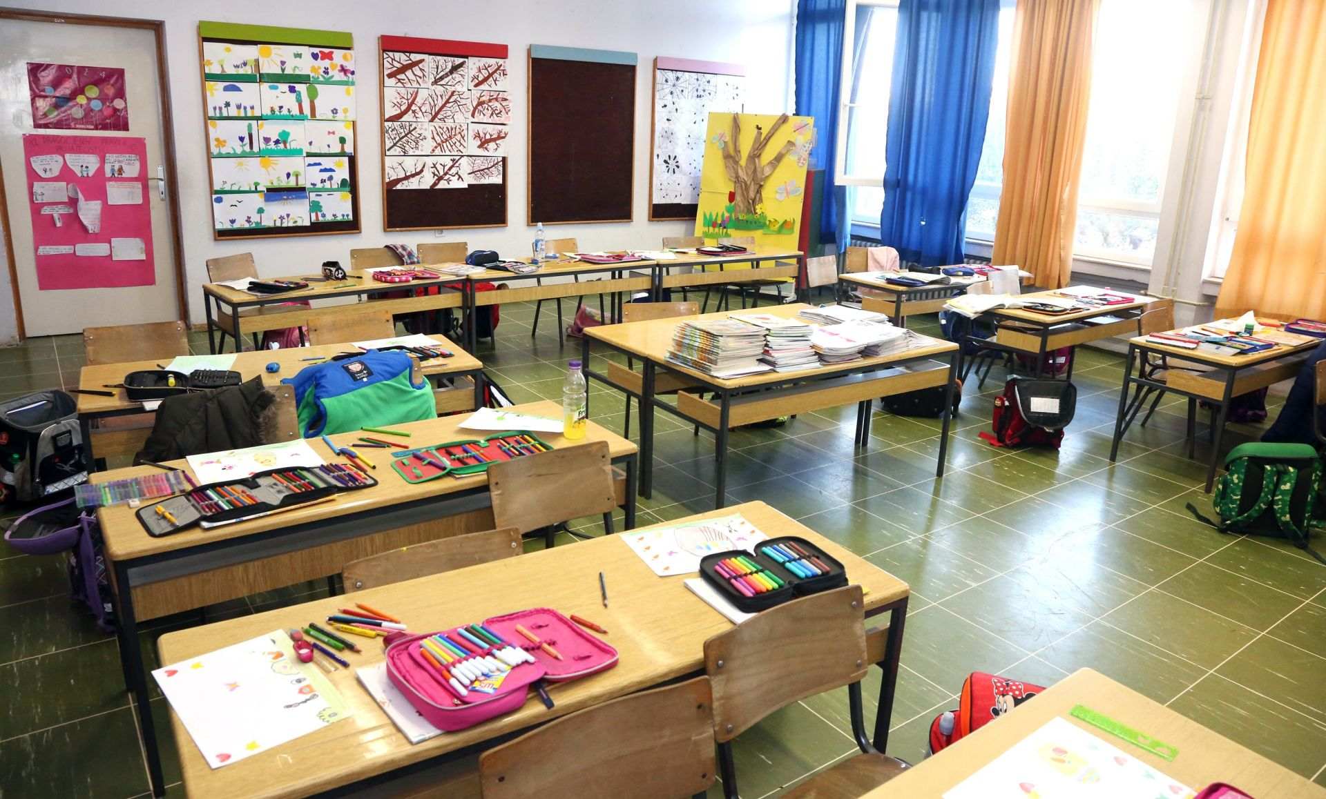 VOZAČI OPREZ: Počela nova školska godina