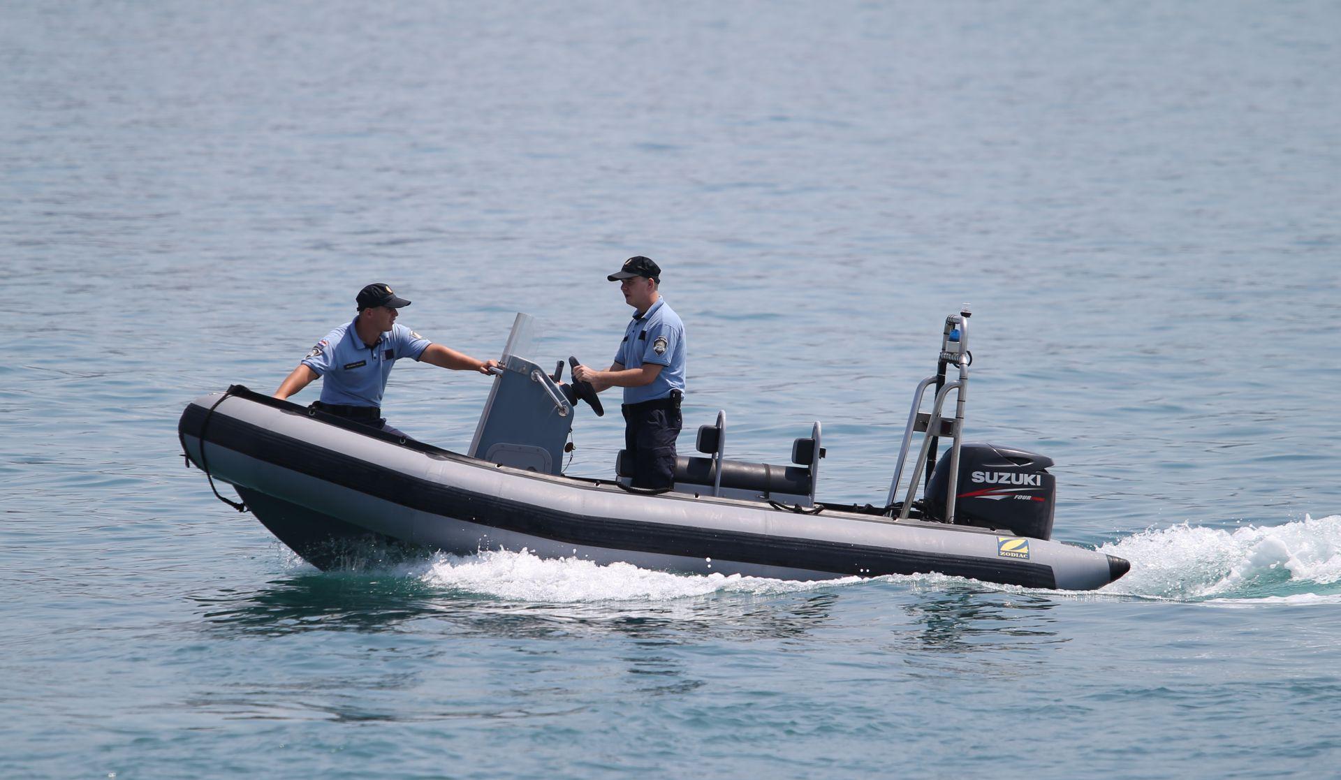 UZVRATNI UDARAC Hrvatska policija šalje kazne slovenskim ribarima