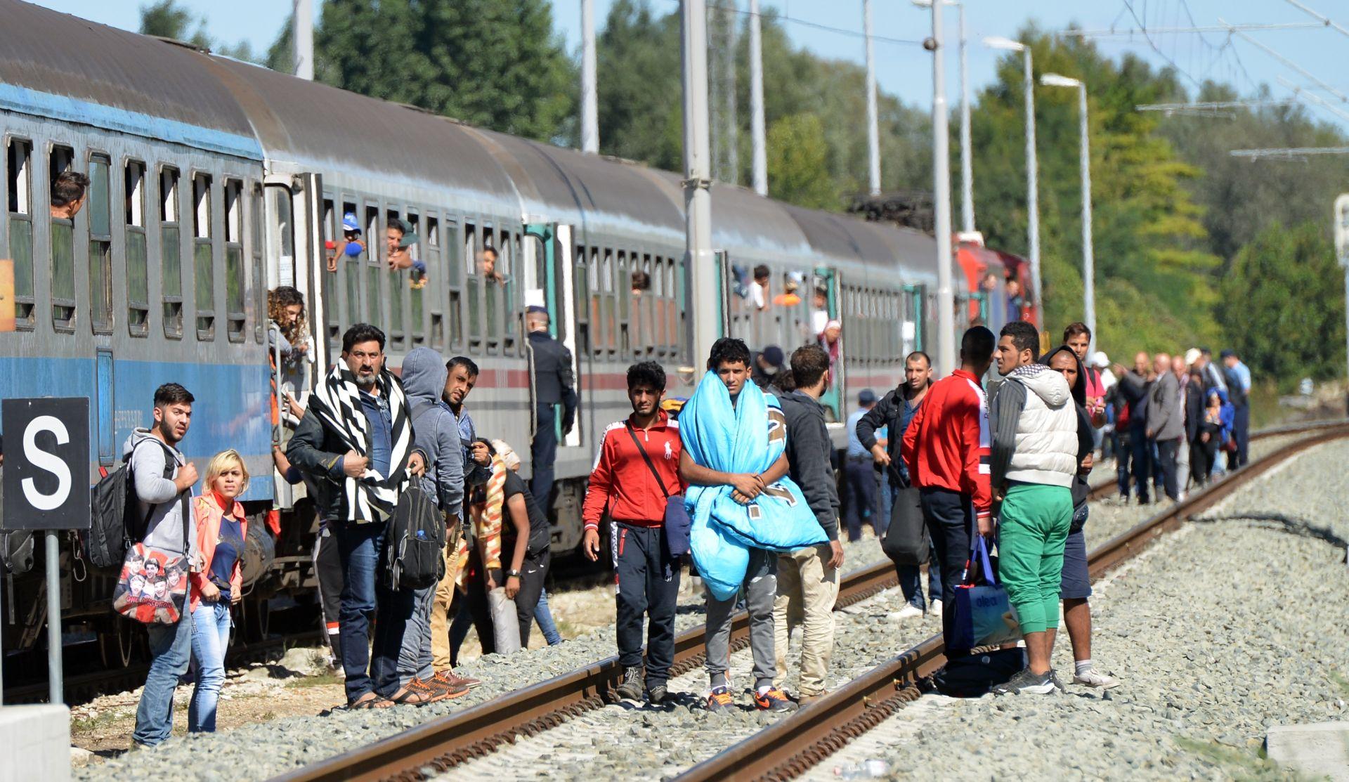 Pal: Ako Mađari zatvore granicu u Botovu, vlakovi idu za Zagreb