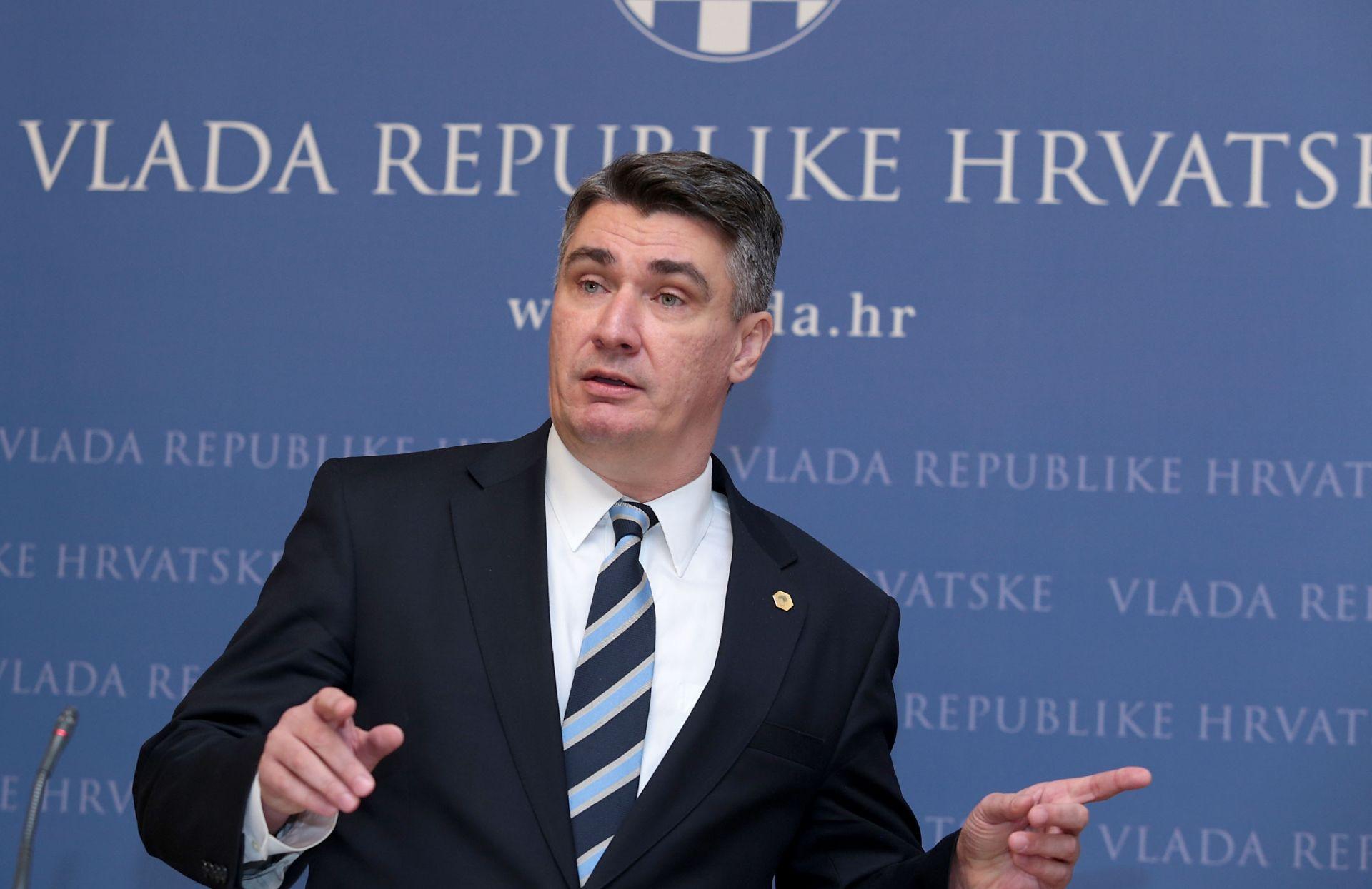 Milanović: RH nije u shengenu, ali se u brizi za izbjeglice ponaša kao da jest