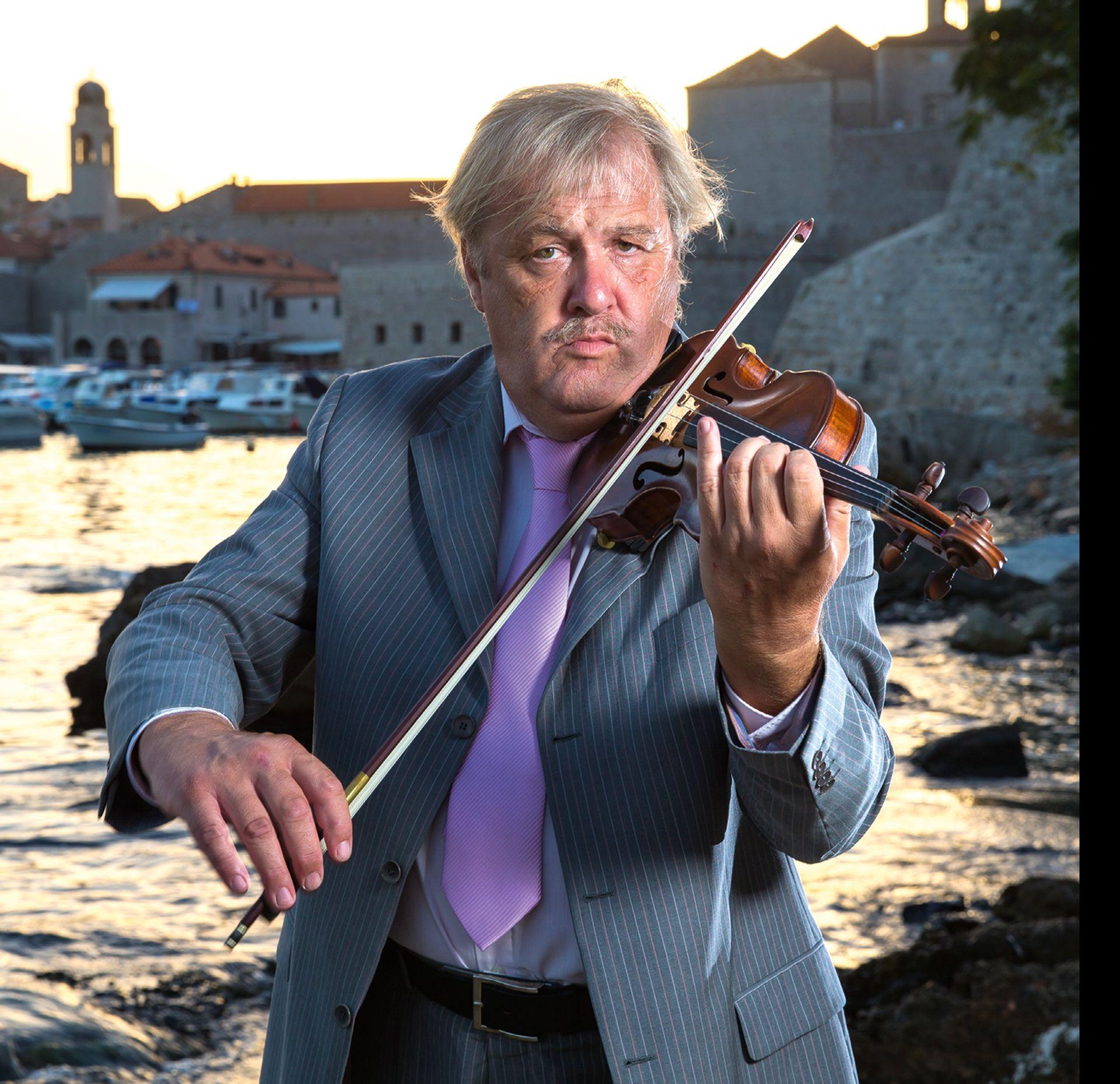 PERO ŠIŠA 'Da je Beethoven rođen u Dubrovniku, mogao bi prodavati tek karte za koncerte'