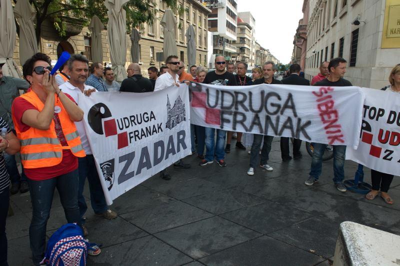 Udruga Franak traži zaštitu građana od nezakonitih ovrha