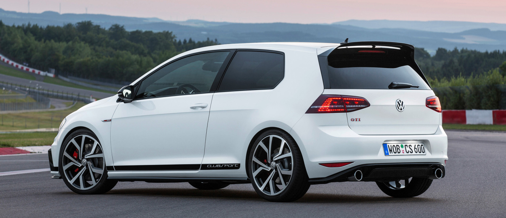Jubilarni VW Golf GTI Clubsport sa 265 ks