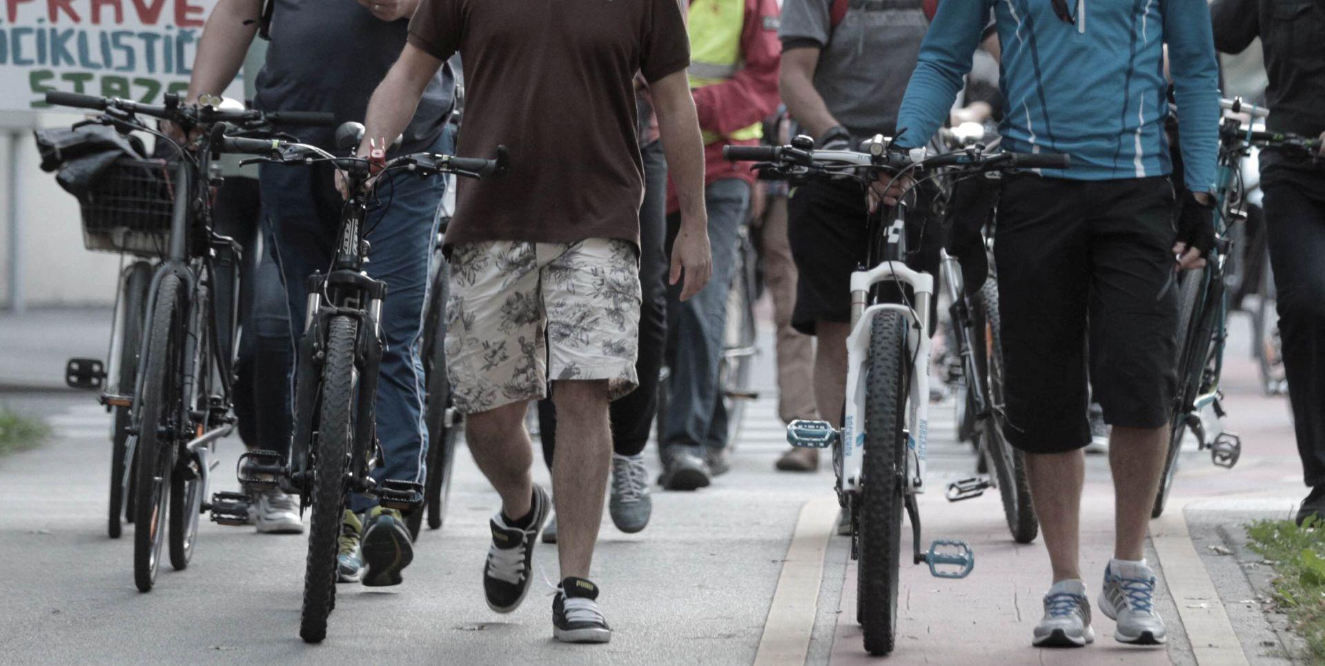 'NI KRIV, A DUŽAN' Prosvjed zagrebačkih biciklista