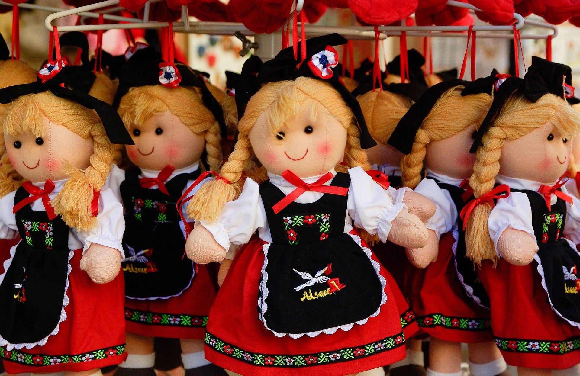 Djevojčice bi se trebale manje igrati s lutkama