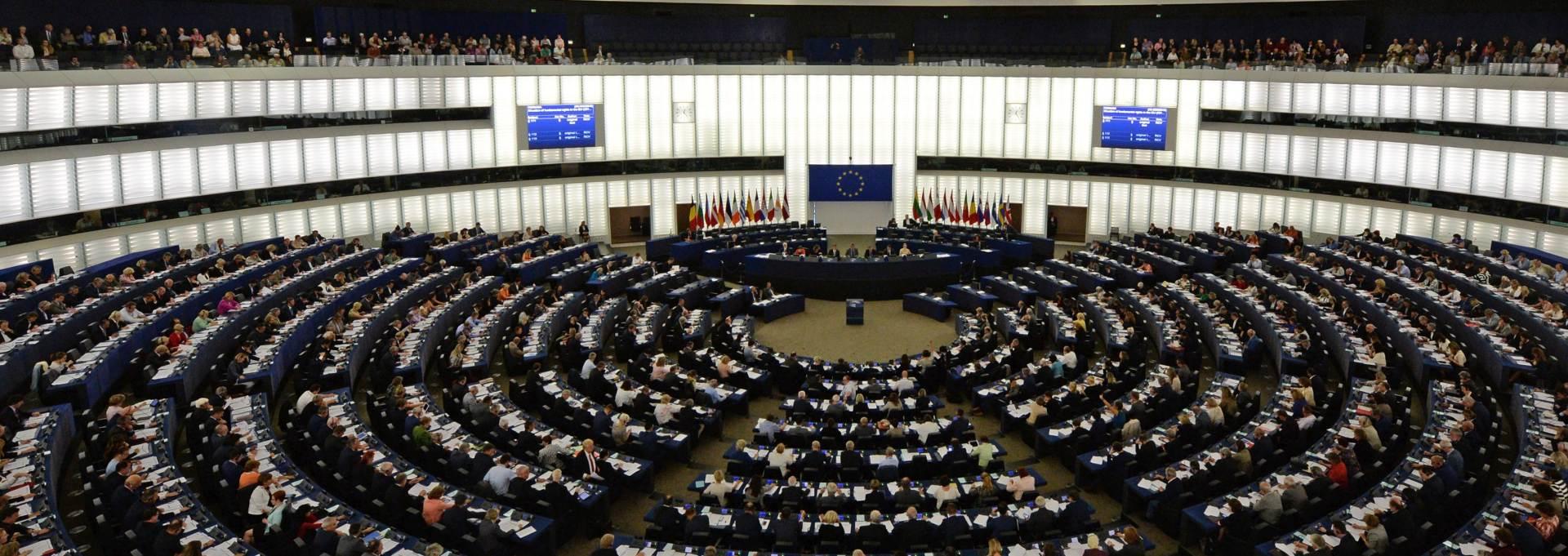 UZVRATILA NA PRIJETNJE: EU pritišće Grčku zbog migranata i Schengena