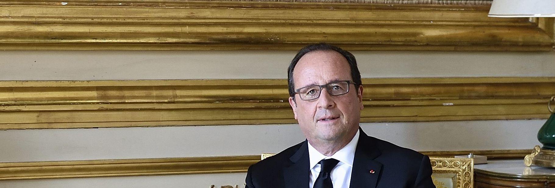 DIŽE ZRAKOPLOVE Hollande : Francuski udari na Siriju potrebni