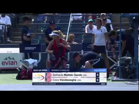 VIDEO: COCO LOCO Američka tenisačica 'izmasakrirala' vlastiti reket