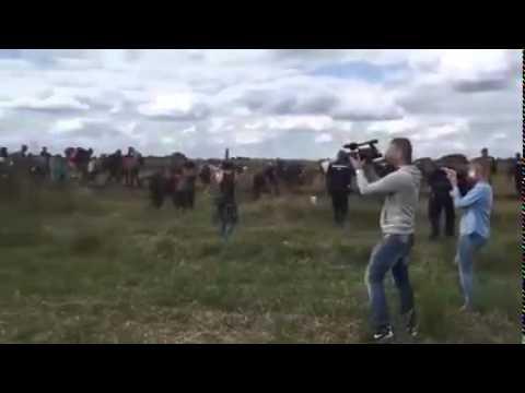 VIDEO: Mađarska snimateljica fizički napadala izbjeglice, dobila ekspresni otkaz