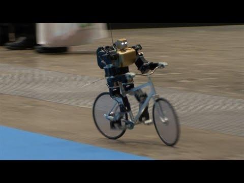 VIDEO: PRIMER-V2 Robot koji vozi bicikl baš poput ljudi