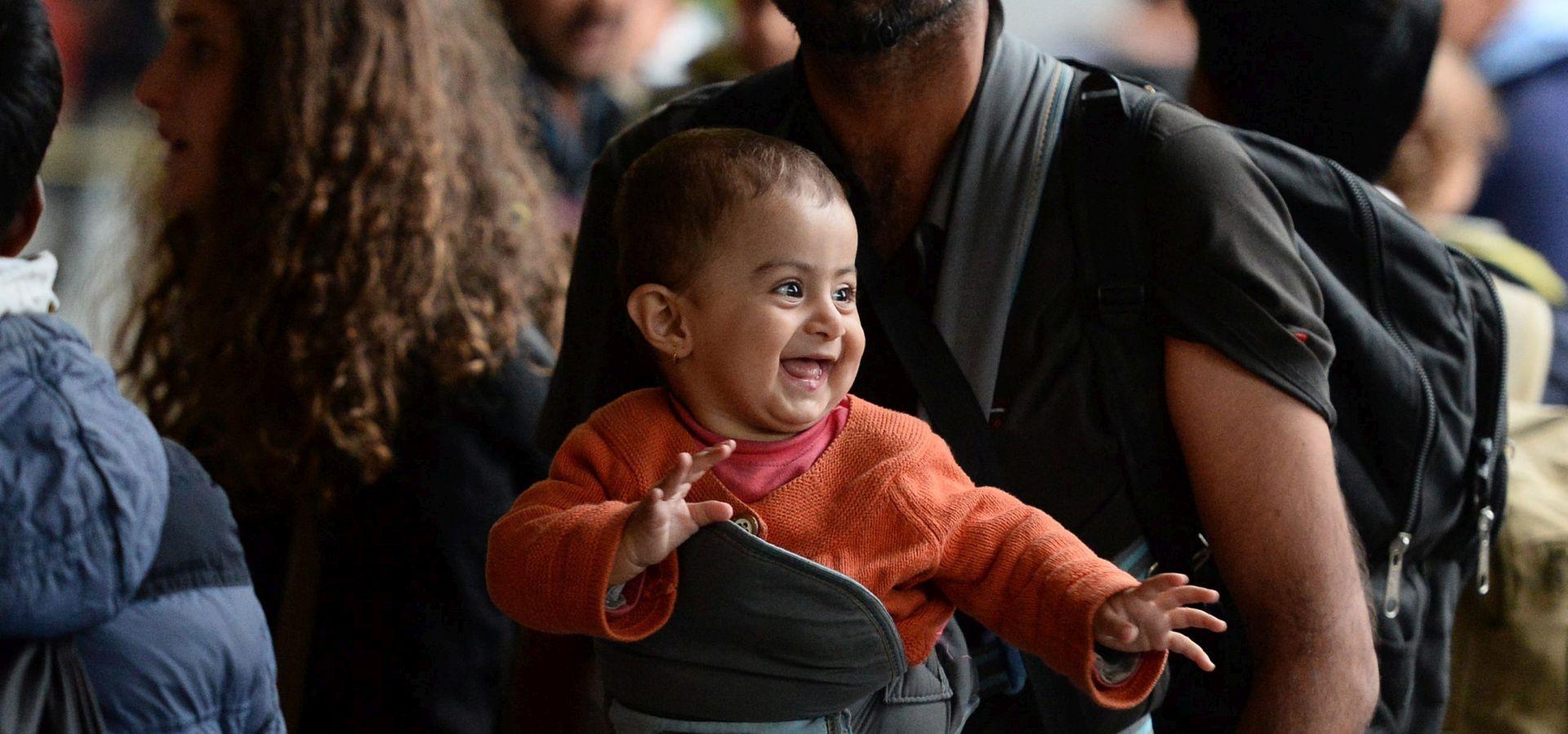 800 TISUĆA AZILANATA? Njemačka desničarska stranka želi zatvaranje granica za azilante