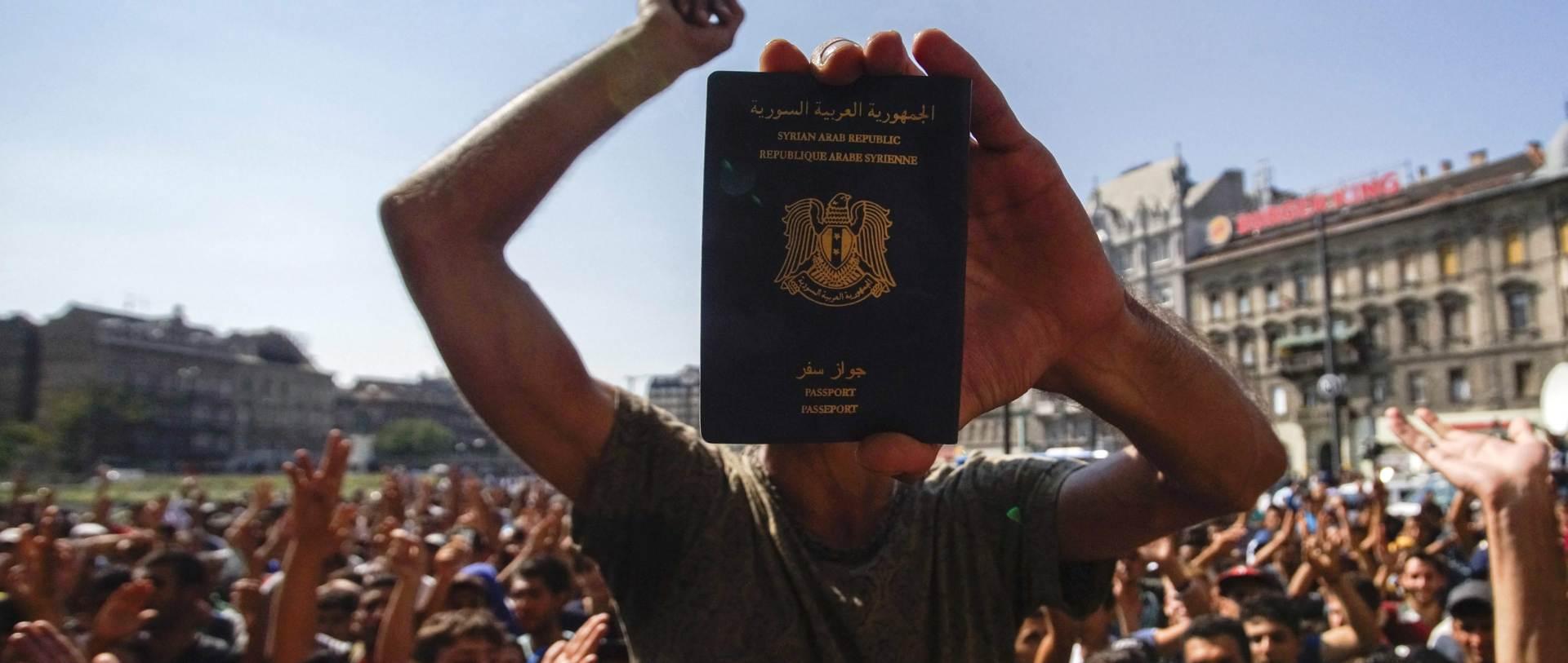 GRCI TVRDE: Sirijska putovnica pripada migrantu registriranom u Grčkoj
