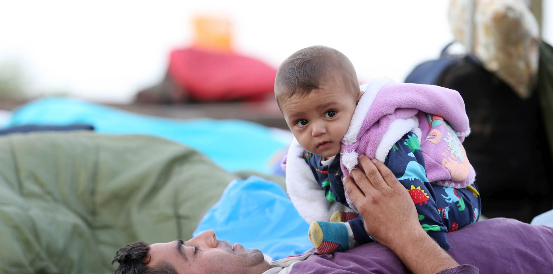 RAZMJEŠTANJE IZBJEGLICA: 196 migranata i izbjeglica smješteno u Čepinu