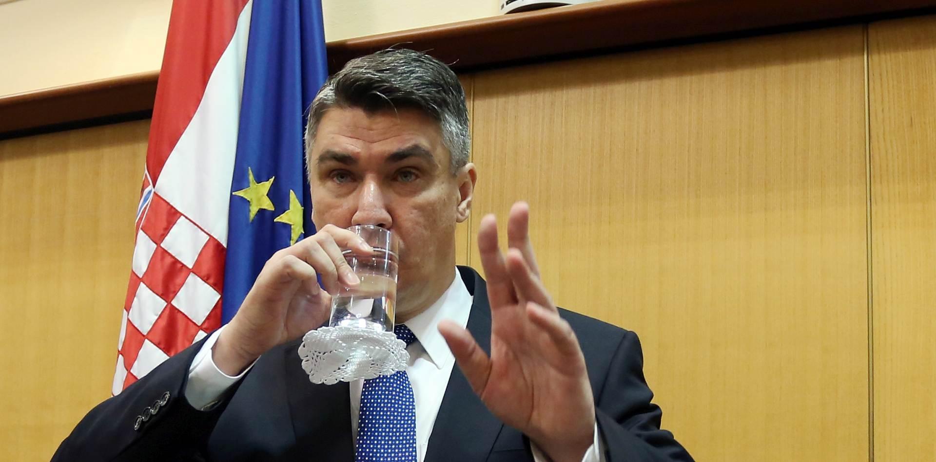 "MILANOVIĆ PORUČIO SRBIJI: ""Snizite malo ton!"""