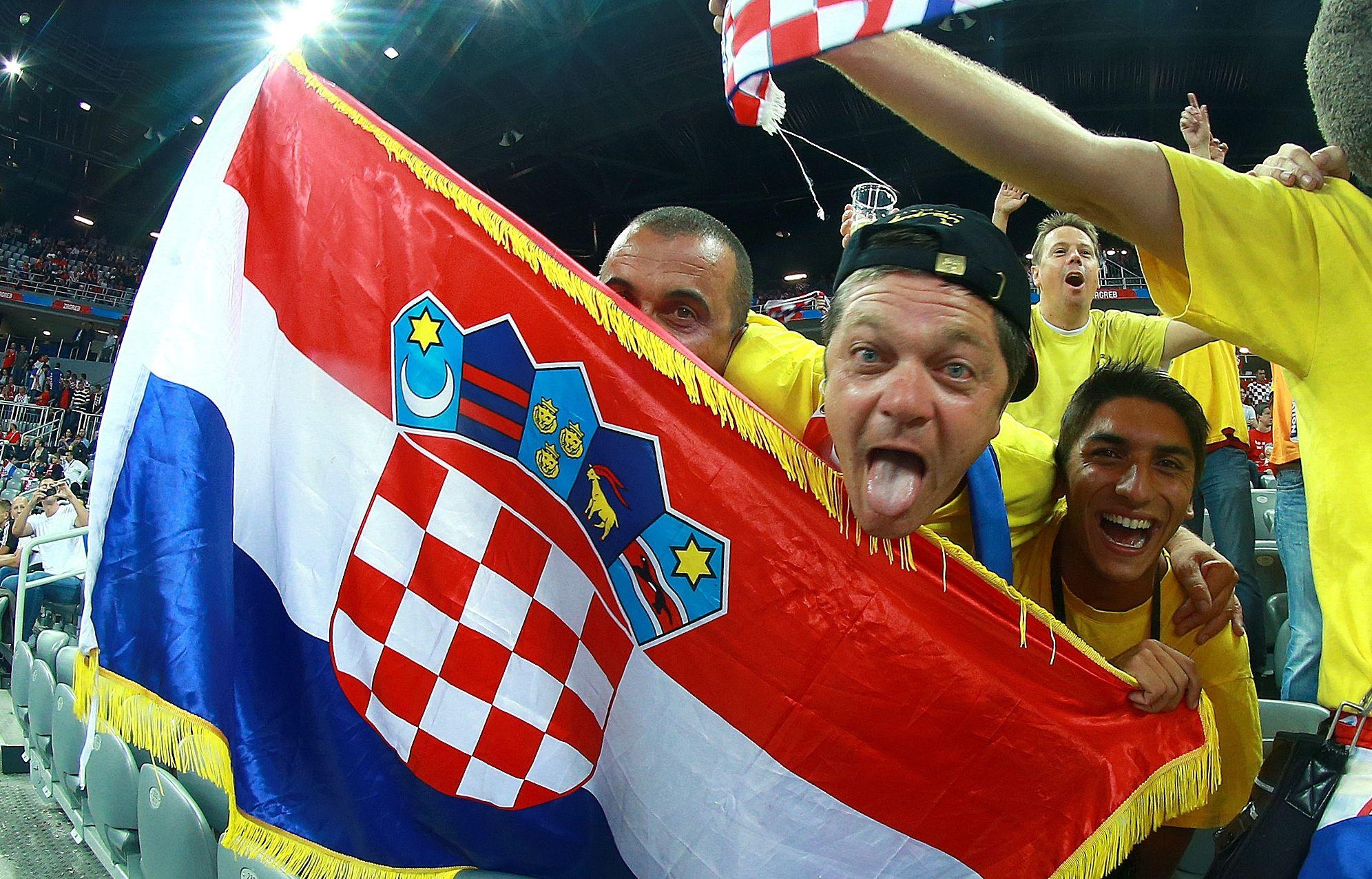 ZAGRIJAVANJE U OSLU Uhićeno 8 navijača hrvatske reprezentacije