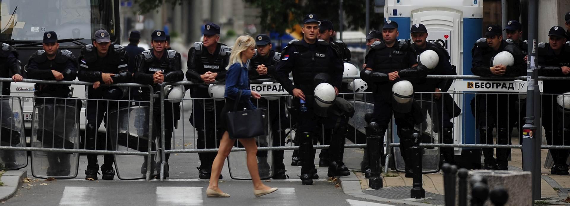 Policija u Beogradu zaplijenila velike količine droge i oružja i uhitila 18 osoba