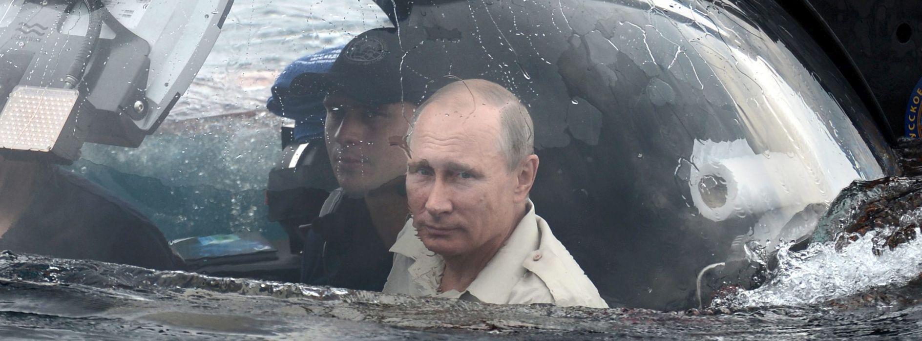 – 47 STUPNJEVA CELZIJUSA Rusija pred dovršetkom velike vojne baze na Arktiku