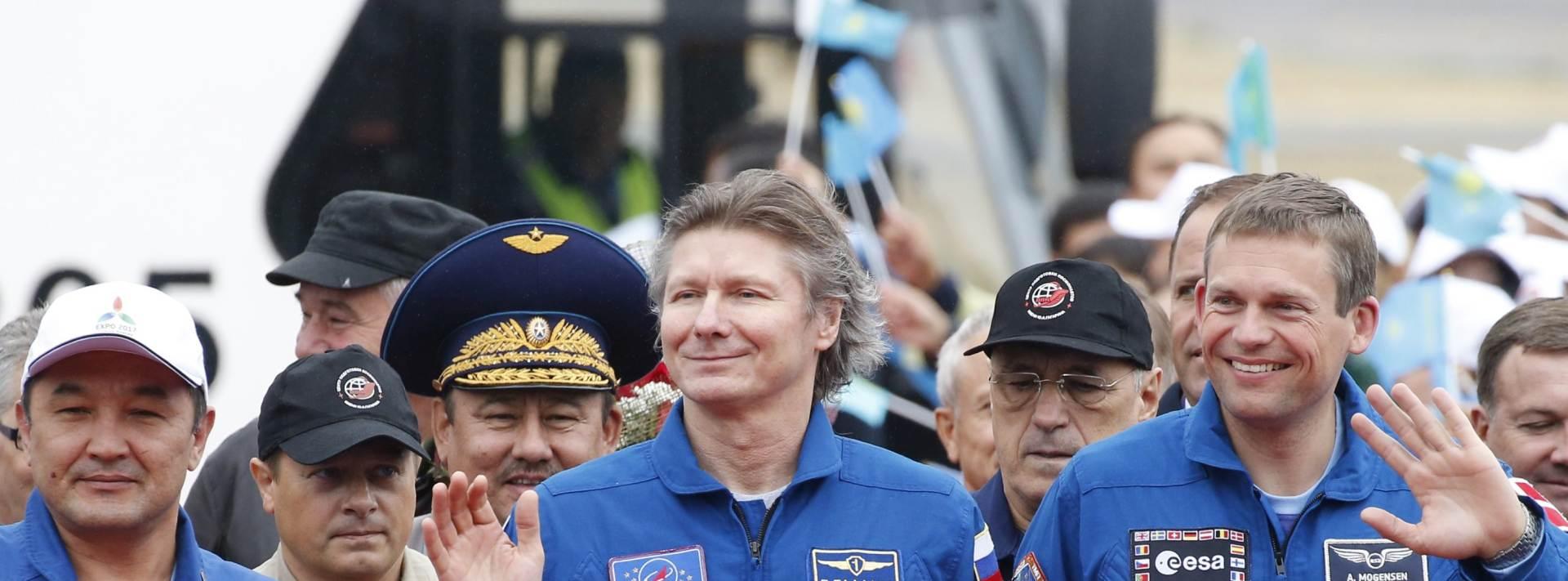 PRVI KAZAHSTANAC U SVEMIRU: Sojuz prizemljio u kazahstansku stepu
