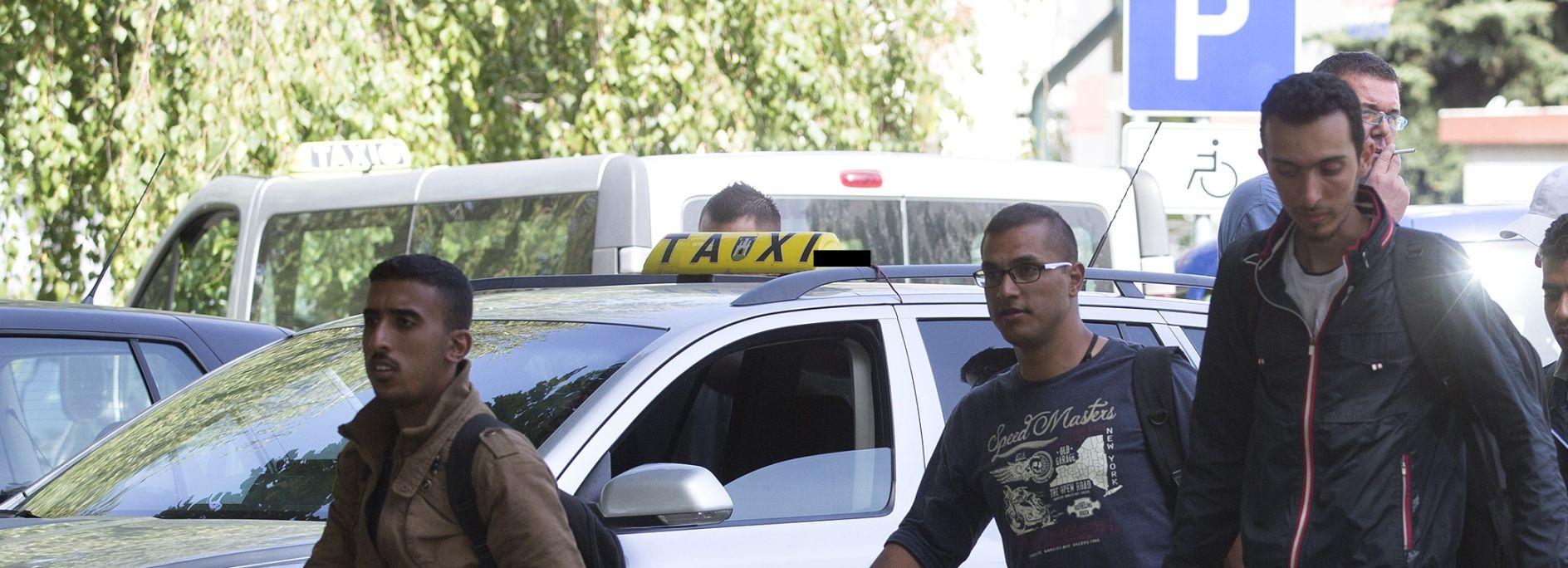 300 EURA DO BREGANE Poziv taksistima da ne zarađuju na izbjeglicama