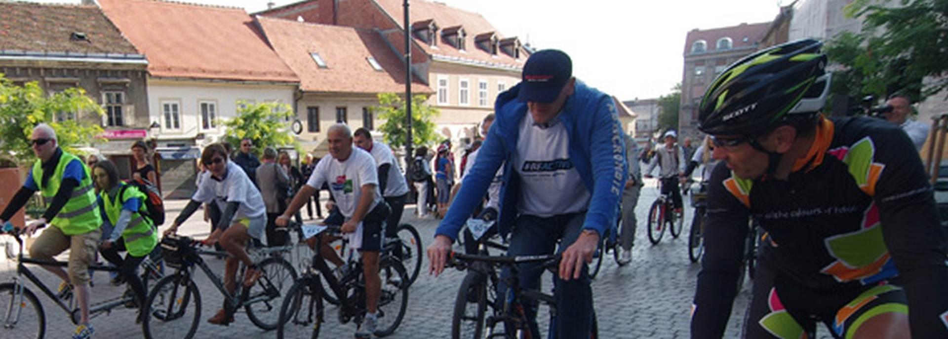 SVI NA BUNDEK: Biciklističkom turom po Zagrebu otvoren Europski tjedan sporta