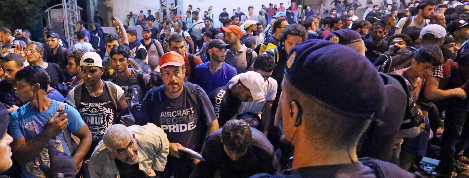 IZBJEGLIČKA KRIZA: EK odobrila Grčkoj 5,9 milijuna eura pomoći za migrante