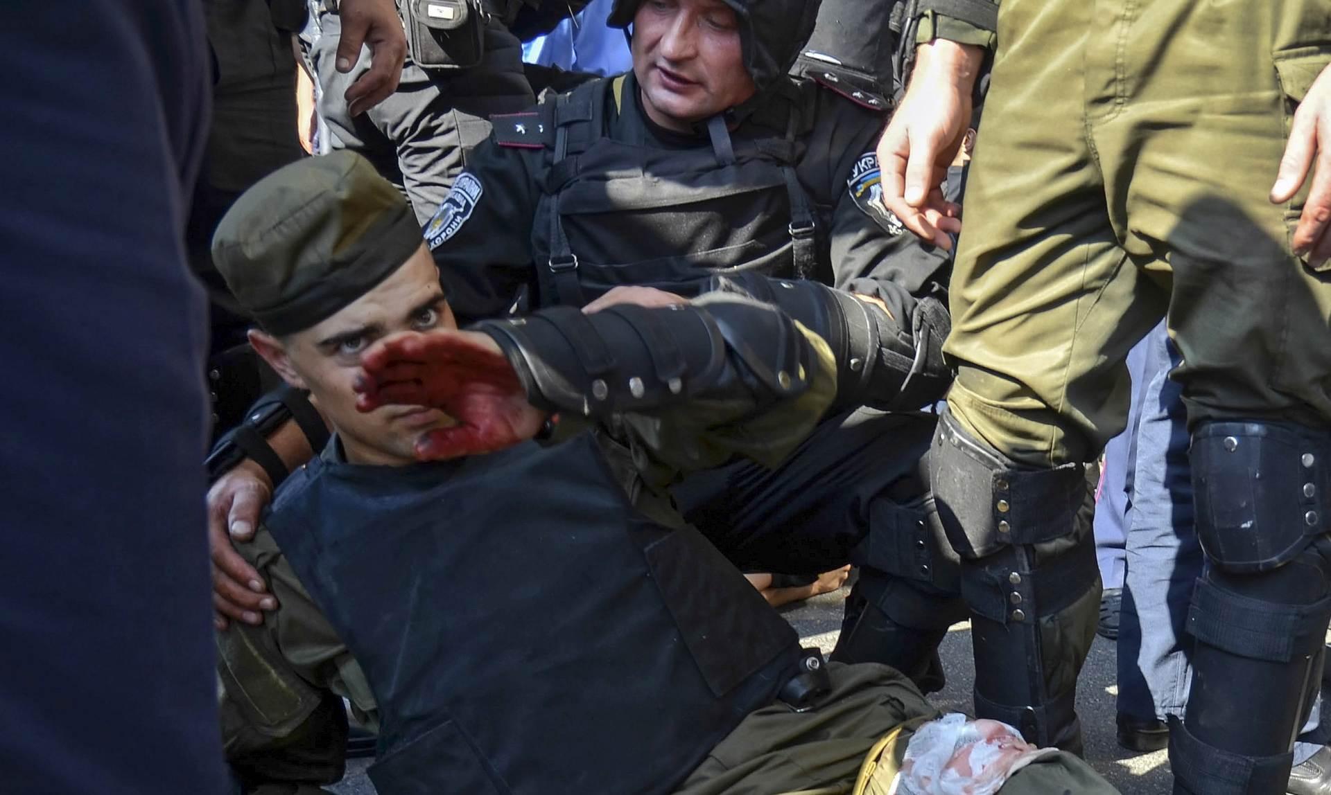 KRVAVI DAN U KIJEVU: Umro još jedan gardist, 141 osoba hospitalizirana
