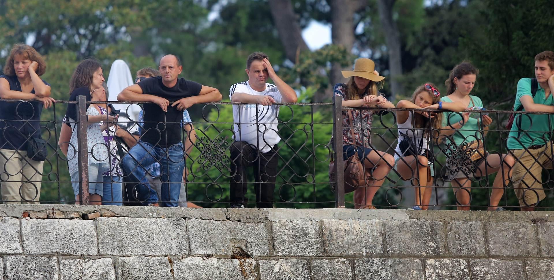 TRAGEDIJA U ZADRU: Muškarac pao s gradskih zidina i poginuo