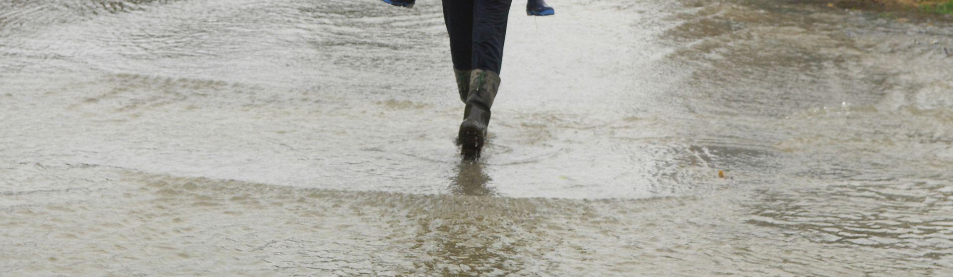 OBILNE KIŠE: Padavine u Sloveniji oslabjele, ali još opasnost od poplava
